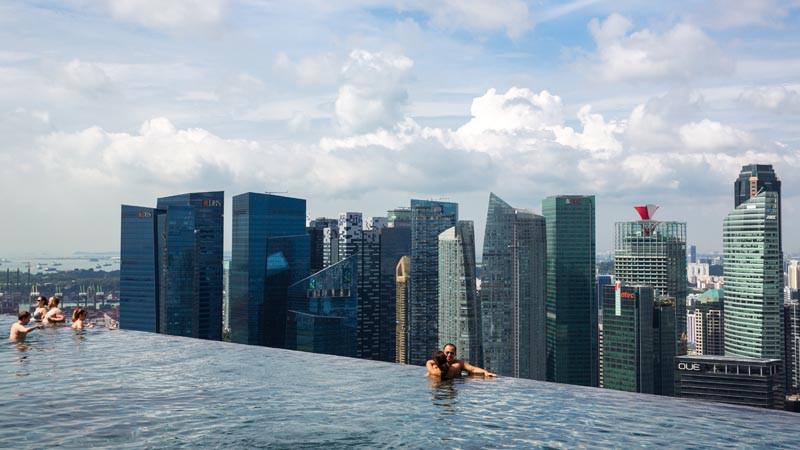 Marina Bay Sand Sing Infinity pool