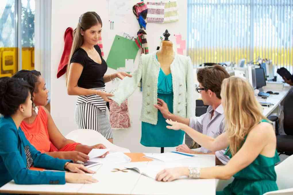 cf883dd6d6737 نصائح مفيدة لتصبح مصمم أزياء - معهد التصميم الإيطالي